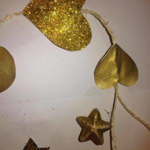 Złote ozdoby świąteczne DIY