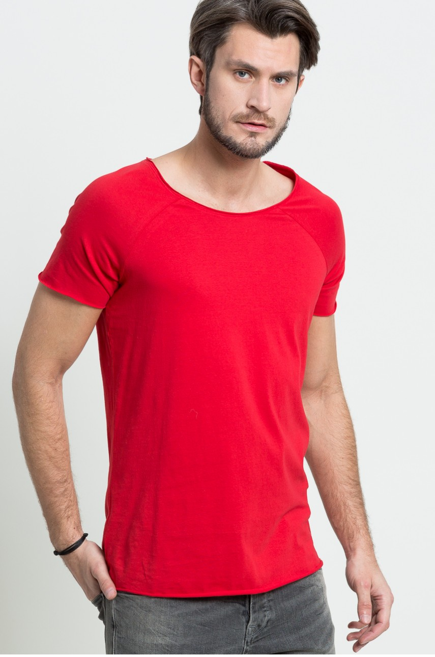 czerwony t-shirt na walentynki